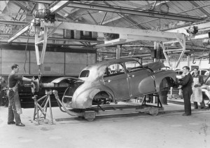 MINI Plant Oxford Celebrates 100 Years of Building Cars :