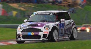 MINI Successful at Nürburgring 24 Hours :