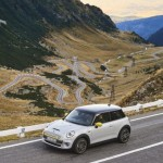MINI Cooper SE goes for a ride on the Transfagarasan Road in Romania :